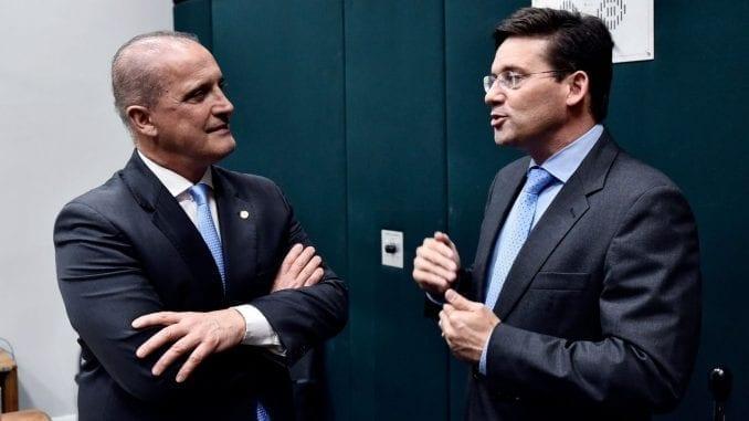 A conversa entre Roma e Lorenzoni ocorreu na noite desta quarta-feira (31).