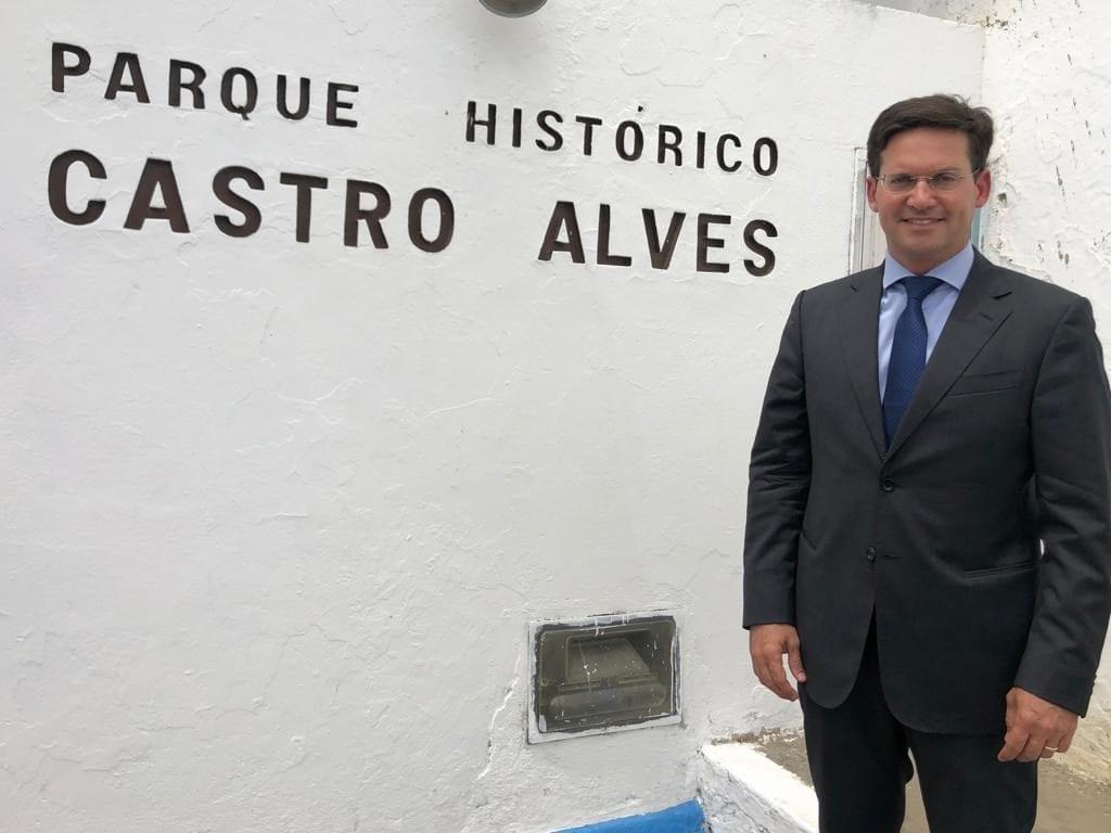 João Roma visita o Parque Histórico Castro Alves.