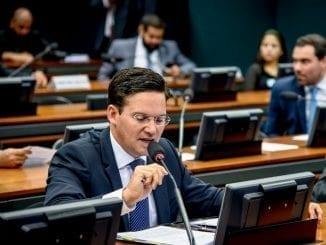 João Roma na Leitura do relatório na CME