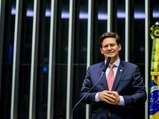 João Roma discursa na Tribuna da Câmara dos Deputados