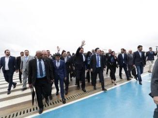 João Roma chegando no Aeroporto de Conquista junto com Jair Bolsonaro