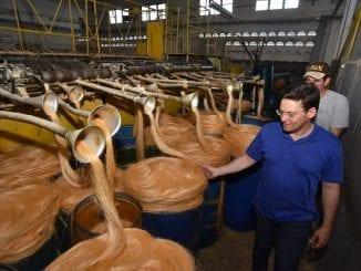 João Roma na fábrica de Sisal em Serrolândia
