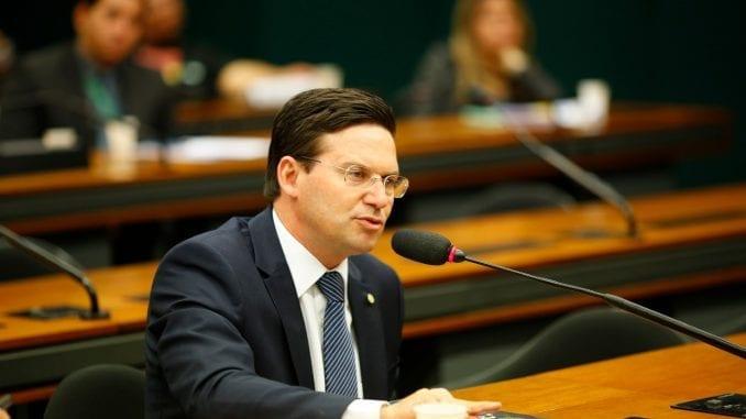 """""""Precisamos melhorar nosso ambiente de negócios para atrair investimentos e gerar emprego e renda"""", defende João Roma"""